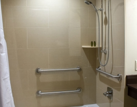 king-standard-accessible-bathroom