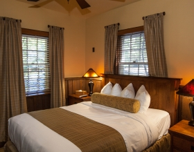 Cobb Suite Bedroom