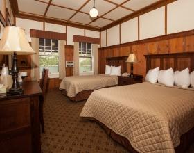 Many Glacier Hotel bedroom