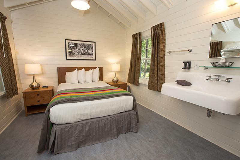 Motor Inn Room