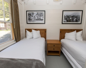 Cabin Room 2 Twins