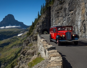 glacier-np-red-bus-5